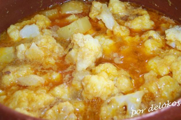 Gashi de coliflor y patatas