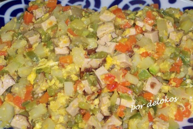 Mirepoix de verduras y tofu