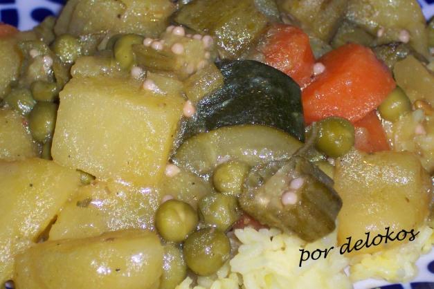 Curry sindhi de verduras y okras