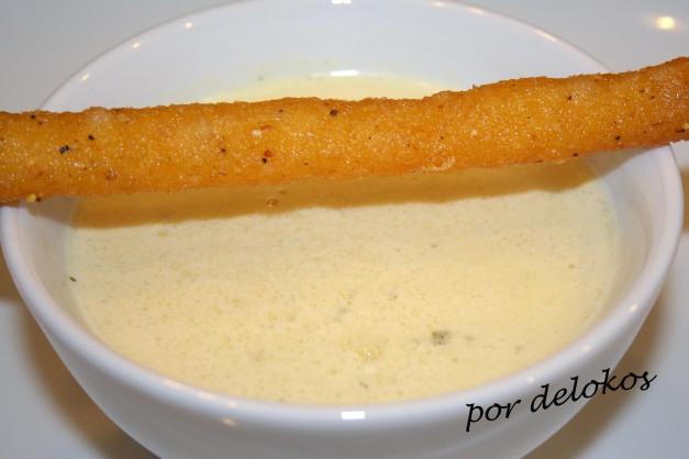 Sopa de maíz de lata con colines de polenta