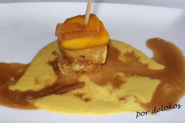 Piña y mango sobre salsa de curry y vinagre balsámico - Flavio Morganti