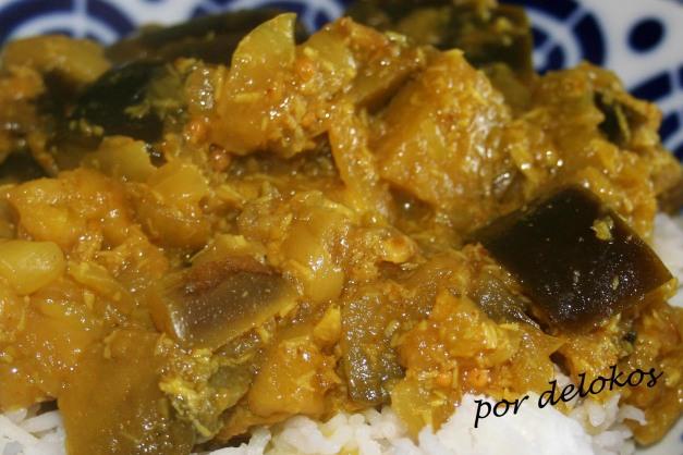Curry de berenjenas con coco