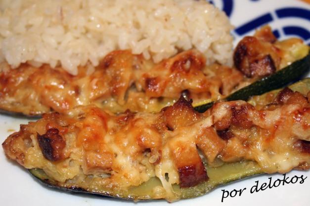 Calabacines rellenos de tofu ahumado