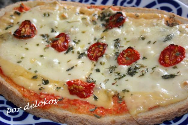 Pizza rápida sobre pan