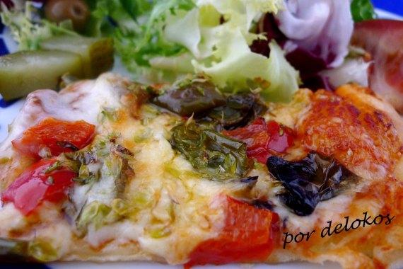 Pizza de verduras asadas, por delokos