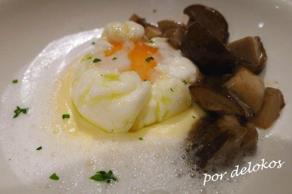 Huevo poché con Boletus de primavera y patata, Restaurante Sabino, Sanxenxo