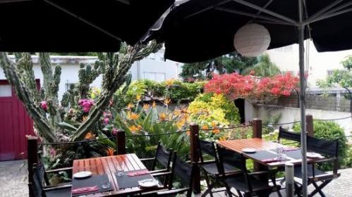 Terraza, Essência Restaurante vegetariano. Foto tomada de:  http://media-cdn.tripadvisor.com/