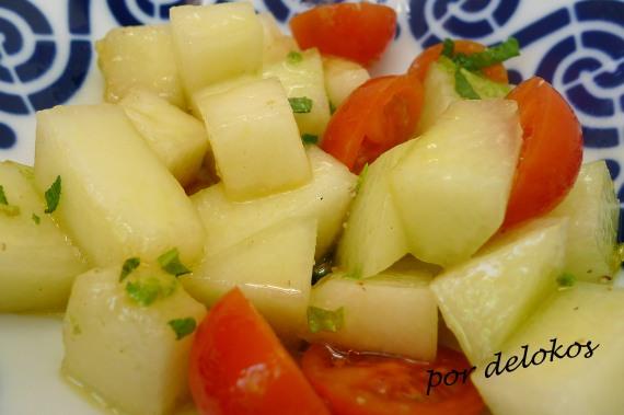 Ensalada de melón y tomate, por delokos