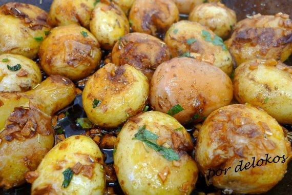 "Patatas ""ao murro"", por delokos"