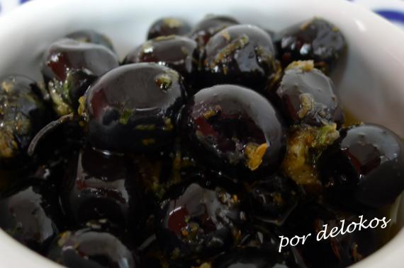 Aceitunas aliñadas con cítricos, por delokos