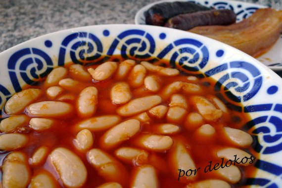 Fabada asturiana tradicional, por delokos
