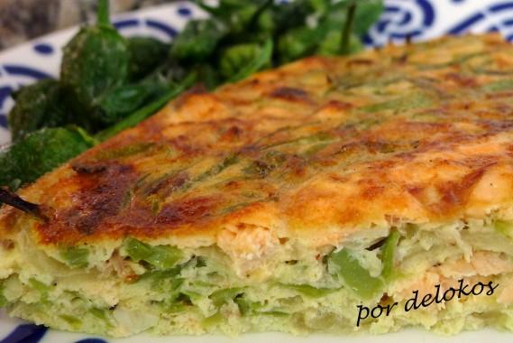 Frittata de judías verdes con salmón, por delokos
