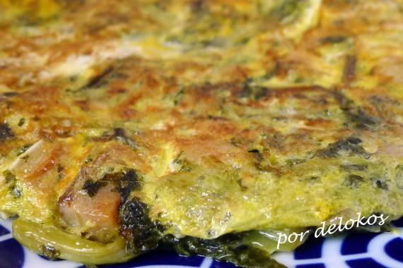 Tortilla de grelos y cacheira, por delokos