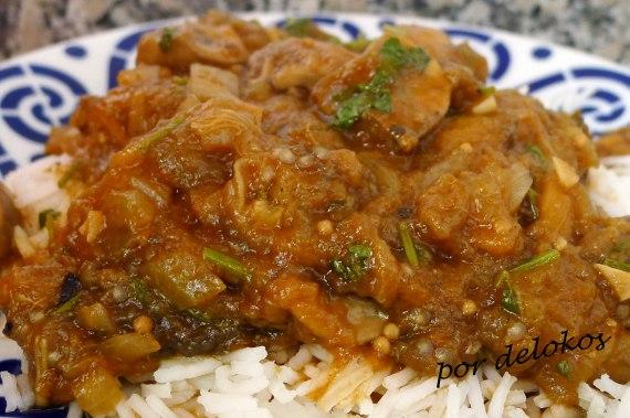 Curry de berenjenas y champiñones, por delokos