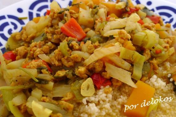 Guiso de soja con verduras y cuscús, por delokos