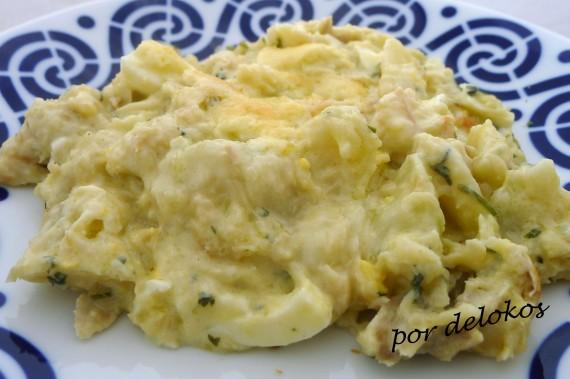 Bacalao al horno con patatas y cilantro, por delokos