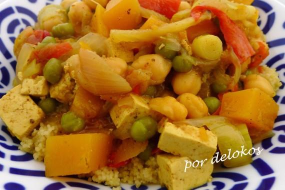 Cuscús de verduras y tofu, por delokos