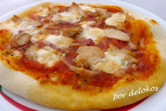 Pizza de panceta y ventresca de bonito, por delokos