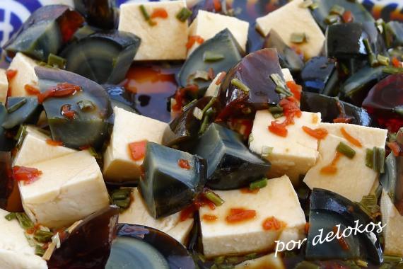 Huevos milenarios con tofu, por delokos